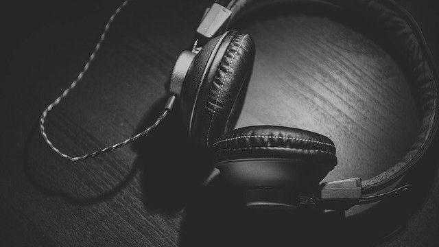 Podcast der IHK Neubrandenburg zu Corona-Finanzhilfen